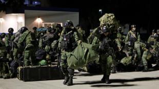 Soldados llegan a Culiacán un día después de que hombres armados del cártel de Sinaloa se enfrentaron con las fuerzas federales. México 18 de octubre de 2019.