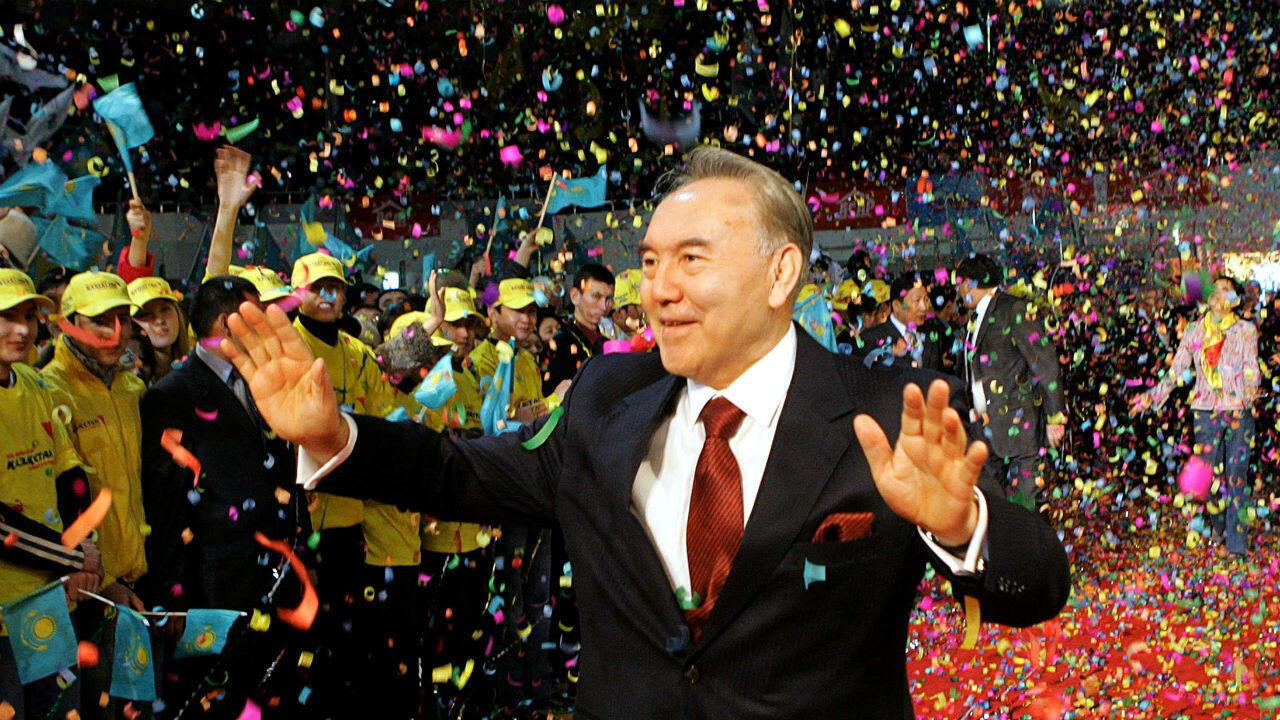 Le président Nazarbaïev lors de sa victoire à l'élection de décembre 2005 à Astana, au Kazakhstan.