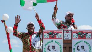 Evariste Ndayishimiye (L) is tipped to replace Burundi's incumbent president Pierre Nkurunziza (R)
