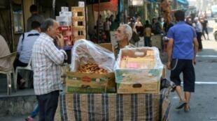 سوق في المنطقة التي تسيطر عليها المعارضة في حلب