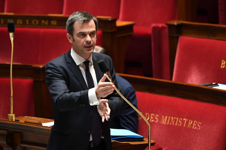 Le ministre de la Santé Olivier Véran, le 7 avril 2020 à l'Assemblée nationale à Paris.