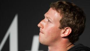 Facebook ha sufrido fuertes caídas en bolsa tras las revelaciones sobre Cambridge Analytica.