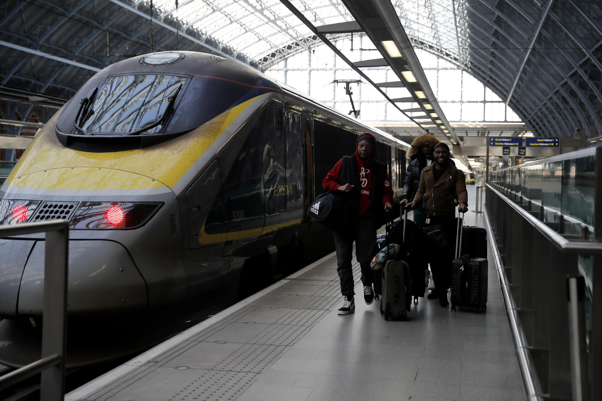People arriving in Britain by air, sea and rail will be required to self-isolate for two weeks, the UK's Times newspaper reported on May 9, 2020.