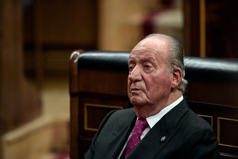 Archivo-El rey emérito Juan Carlos, en la conmemoración de los 40 años de la Constitución española, en el parlamento, en Madrid, el 6 de diciembre de 2018.