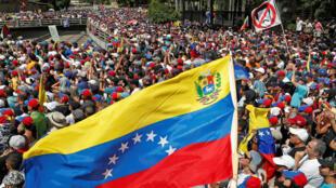 Manifestantes opositores en contra del Gobierno del presidente Nicolás Maduro, en Caracas, Venezuela, el 23 de enero de 2019.