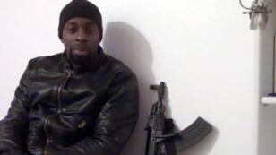 Amedy Coulibaly a abattu quatre personnes avant d'être tué par la police à Paris.