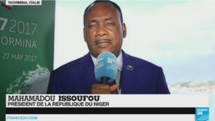 Le président du Niger, Mahamadou Issoufou, au sommet du G7 en Sicile, le 27 mai 2017.