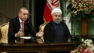 Reunión bilateral en Teherán de los presidentes Erdgan y Rouhani