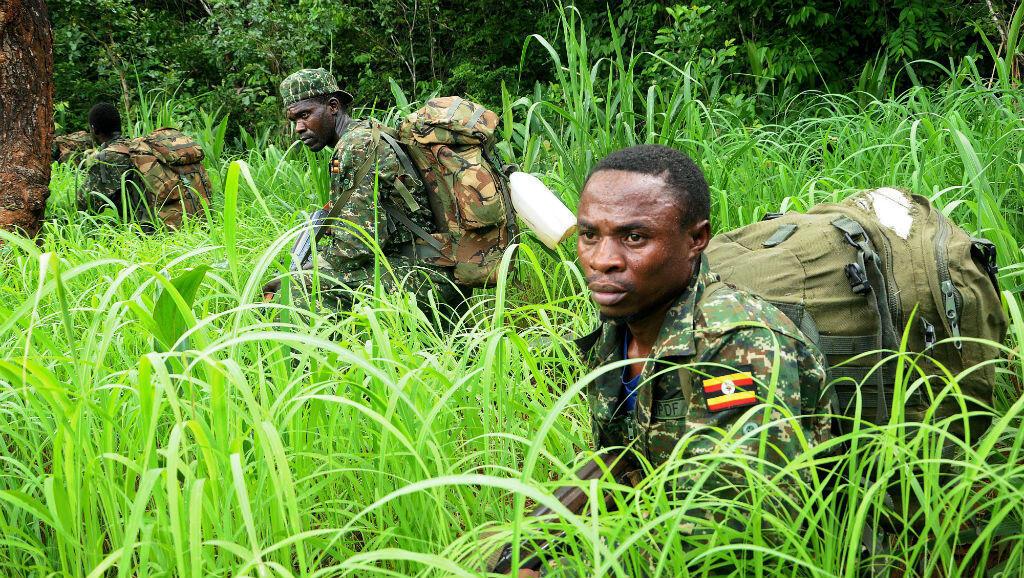 Des soldats ougandais de l'Union africaine lors d'une mission de traque de la LRA près d'Obo, en Centrafrique, le 11 mai 2014.