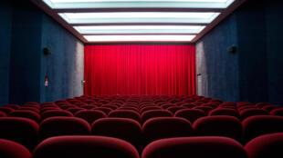 rodajes cancelados, salas cerradas, el Festival de Cannes aplazado en el mejor de los casos: la industria cinematográfica también se enfrenta a una crisis sin precedentes causada por la epidemia del coronavirus.
