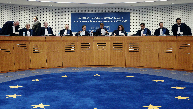 Des juges de la Cour européenne des droits de l'Homme en octobre 2014 à Strasbourg.