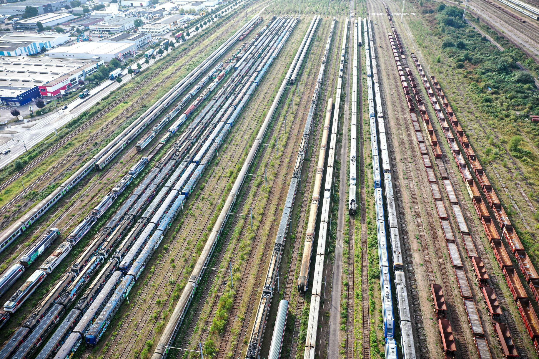 Les vieux trains remisés au  technicentre de Rouen Quatre-Mares, le 13 septembre 2021 à Sotteville-lès-Rouen