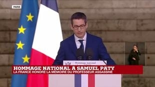2020-10-21 19:36 Hommage national à Samuel Paty : la France honore la mémoire du professeur assassiné