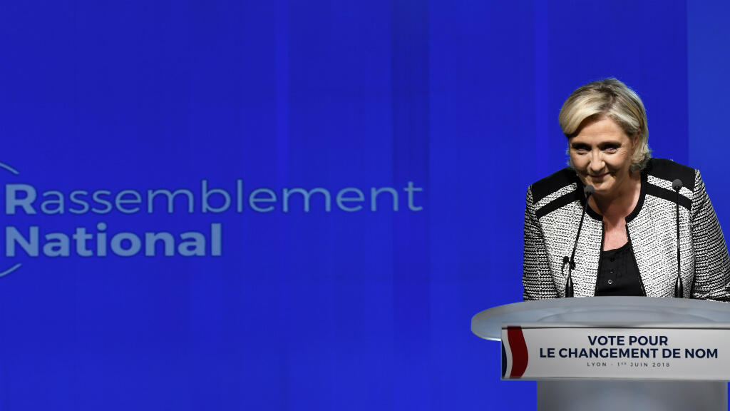 La présidente du parti nouvellement baptisé Rassemblement national, le 1er juin 2018 à Bron, près de Lyon.
