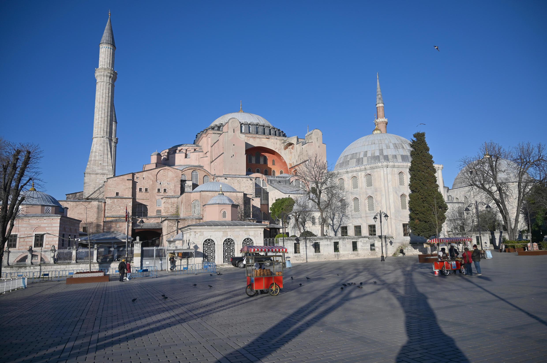 La basilique Sainte-Sophie, le 17 mars 2020, à Istanbul.