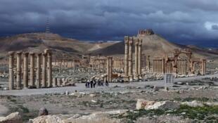Une vue des restes de la ville antique de Palmyre prise en mars 2016.