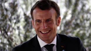 الرئيس الفرنسي ايمانويل ماكرون في الثاني من نيسان/ابريل 2021