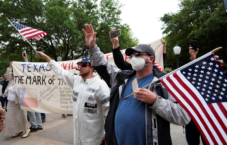 مظاهرات دالاس للمطالبة بإنهاء الحجر الصحي في ولاية تكساس، الولايات المتحدة 18 أبريل/ نيسان 2020.