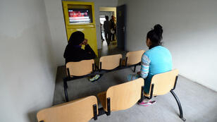 Des migrantes dans un centre de rétention marseillais, en janvier 2014.