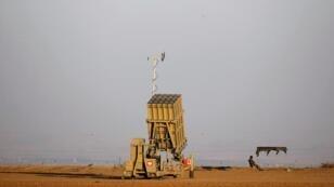 """صورة أرشيفية لمنظومة الدفاع الإسرائيلية """"القبة الحديدية"""""""