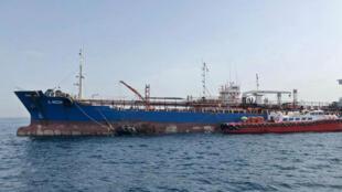 """Le A. Michel, l'un des quatre pétroliers abîmés par un """"acte de sabotage"""" dans le Golfe persique, le 13 mai 2019."""