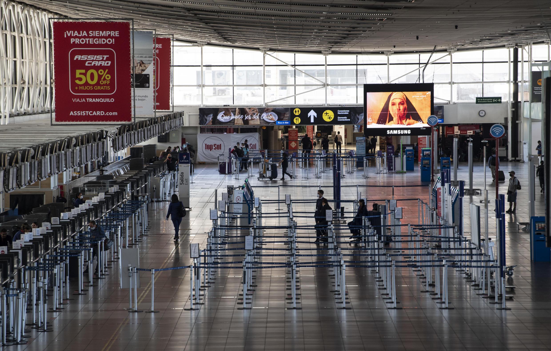 Una vista del Aeropuerto Internacional de Santiago de Chile el 20 de abril de 2020