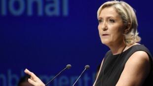 """زعيمة حزب """"التجمع الوطني"""" مارين لوبان"""