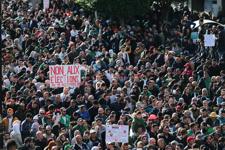 Algerians protest election