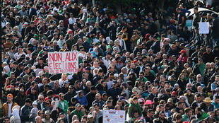 Algerians protest election