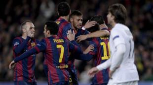 Le FC Barcelone fête sa victoire mercredi 10 décembre 2014.