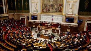 """L'Assemblée nationale a validé samedi la création du délit d'""""écocide"""", parmi les dernières mesures du projet de loi climat"""