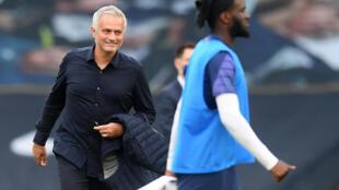 Tottenham manager Jose Mourinho celebrates his side's win against Arsenal