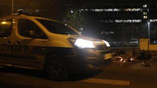 Des tensions entre habitants de Villeneuve-la-Garenne et forces de l'ordre ont à nouveau éclaté dans la nuit du dimanche 19 avril.