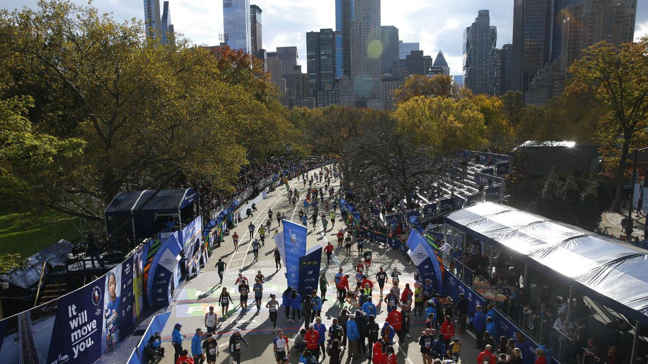 La maratón se considera la más importante del mundo por el volumen de participantes y por la atención que recibe, para este año fueron más de 1 millón las personas que vieron la carrera desde las calles neoyorquinas.