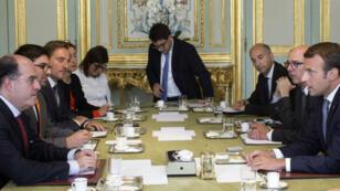 Emmanuel Macron a rencontré lé président de l'Assemblée nationale vénézuelienne, Julio Borges, le 4 septembre à l'Élysée, à Paris.