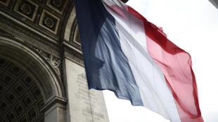 Le cœur des Français penche davantage à droite qu'au début du mandat d'Emmanuel Macron, selon une étude de l'Ifop