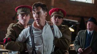 Benedict Cumberbacht dans le rôle d'Alan Turing, mathématicien de génie au destin tragique.