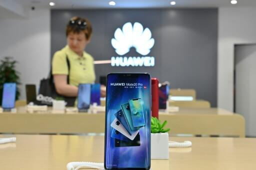 Huawei tiene un servicio en el lugar del número 2 de la industria del teléfono inteligente durante el trimestre de 2019, después de Samsung y Apple, las sanciones estadounidenses impuestas por los chinos chinos de las tecnologías, los avances de los estudios de análisis públicos.