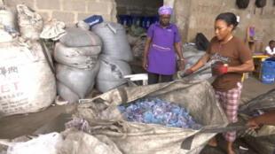 La capitale du Nigeria produit 10 000 tonnes de déchets par jour.