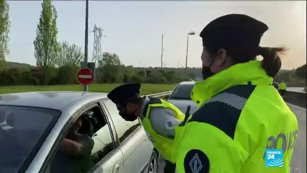 2021-04-02 14:13 Covid-19 en France : les gares et les routes prises d'assaut