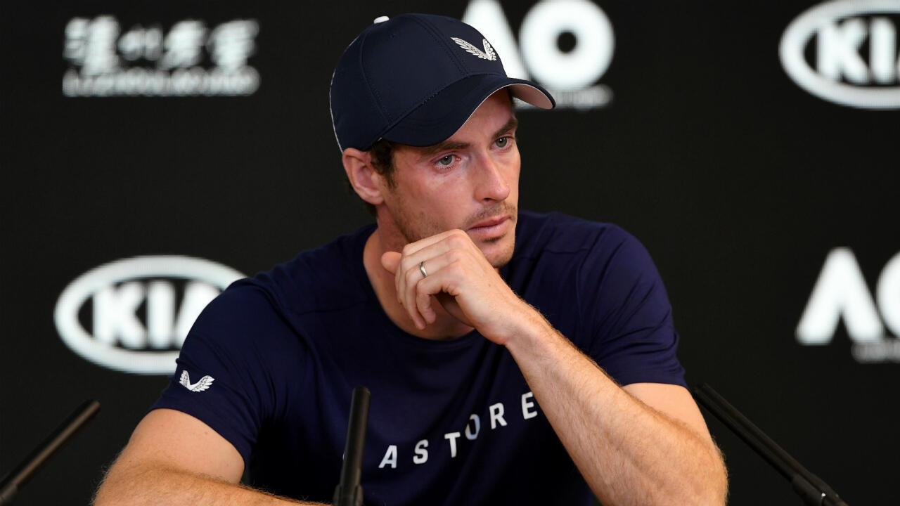 Andy Murray en larmes lors d'une conférence de presse à Melbourne le 11 janvier 2019.
