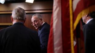 Schumer-trump-senado-Reuters