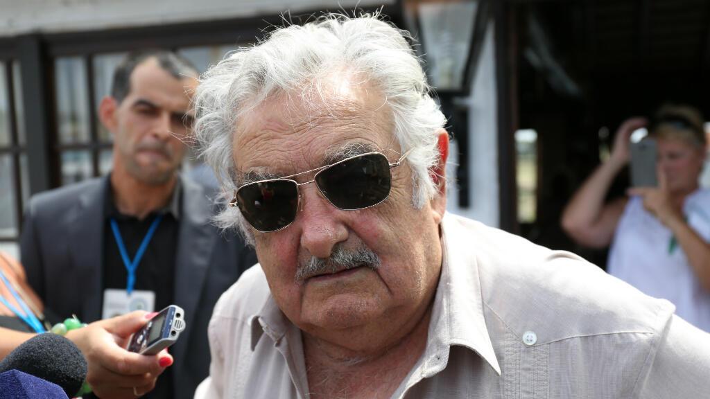 L'ancien président uruguayen José Mujica lors de son arrivée à son domicile, le 1er mars 2015.