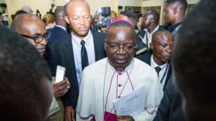 Cet accord a été conclu grâce la médiation de la Conférence épiscopale nationale du Congo (Cenco) que préside Mgr Marcel Utembi (au centre sur la photo).