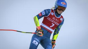 L'Américaine Mikaela Shiffrin, à l'arrivée de la seconde manche du géant de Coupe du monde, le 16 janvier 2021 à Kranjska Gora (Slovénie)