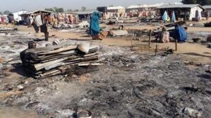 أثار دمار بأحد القرى شمال شرق نيجيريا جراء هجوم لبوكو حرام. 1 نوفمبر/ تشرين الثاني 2018