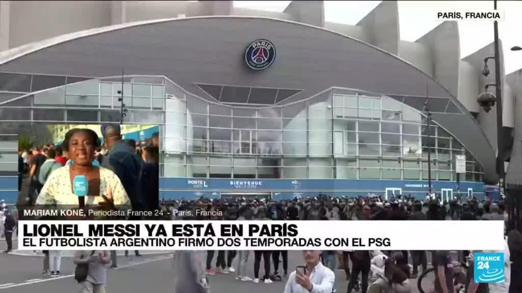 2021-08-11 01:08 Informe desde París: Lionel Messi firmó un contrato por dos años con el Paris Saint-Germain
