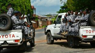 Des forces de sécurité burundaises à Bujumbura, le 25 avril 2016.
