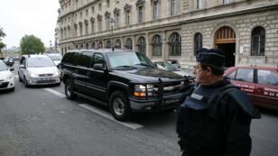 Le convoi de police transportant Salah Abdeslam arrive au palais de justice de Paris, le 20 mai 2016.