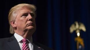 """Donald Trump a annoncé vouloir """"éviter ne serait-ce que l'apparence d'un conflit avec mon rôle de président"""", samedi 24 décembre 2016."""